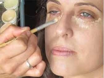 maquillaje de ojeras