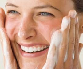 Tratamiento de belleza de exfoliación facial